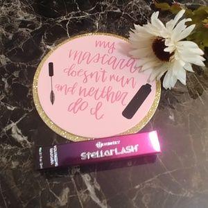 BH Cosmetics Trial Sized Mascara NEW!
